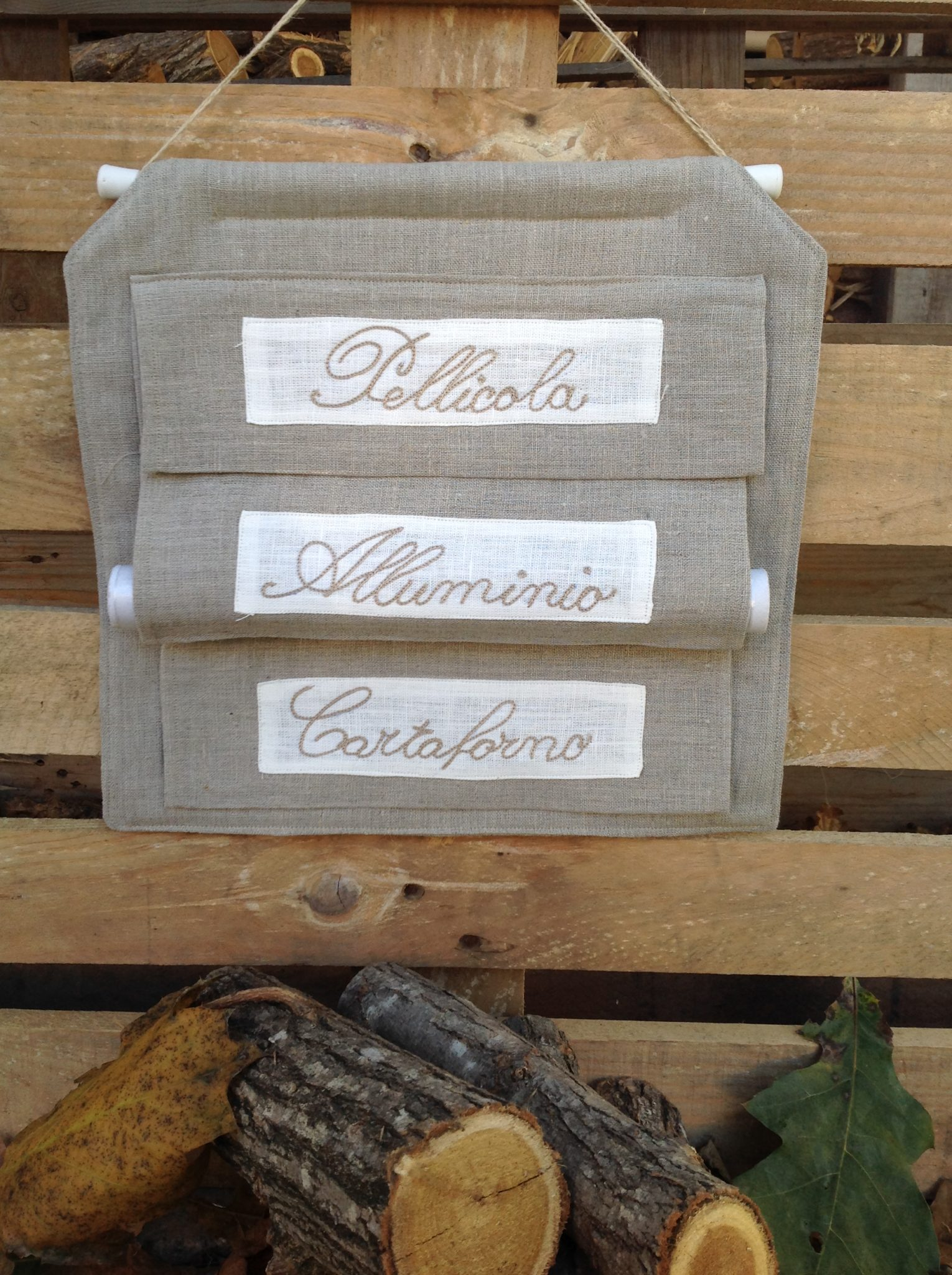 Hobbistica porta rotoli cucina art dolomiti for Hobbistica legno